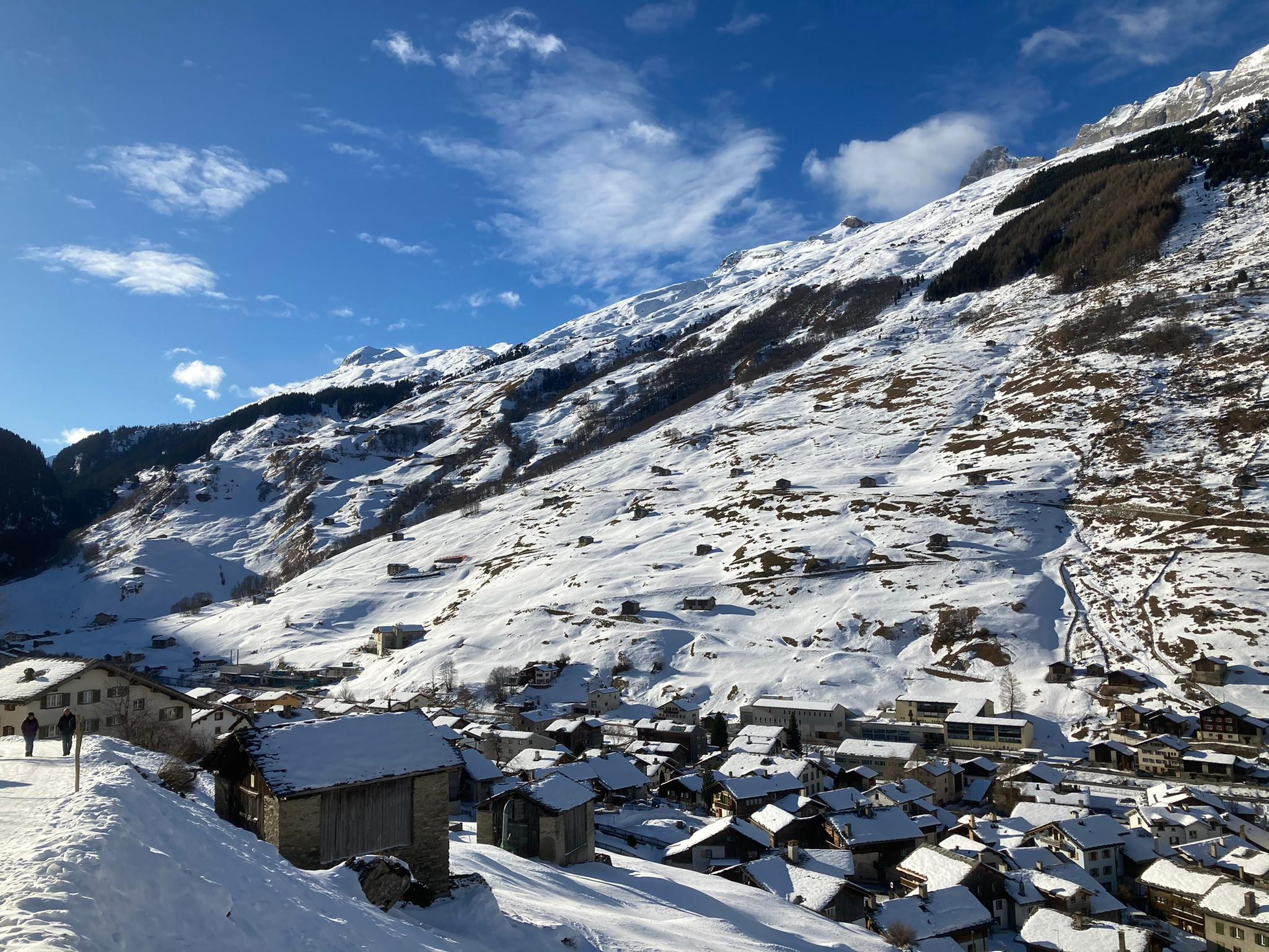 Dorfbild Vals im Winter 2021